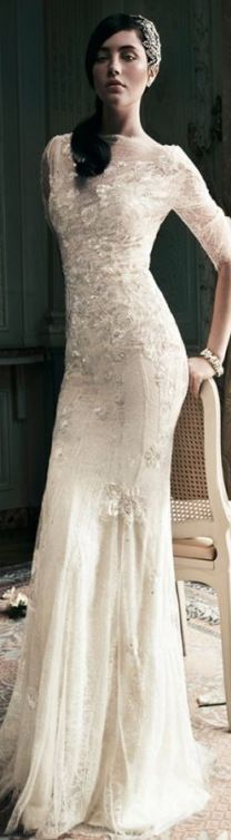 Elegant Jenny Packham brudekjole med ærme og smukke blonder