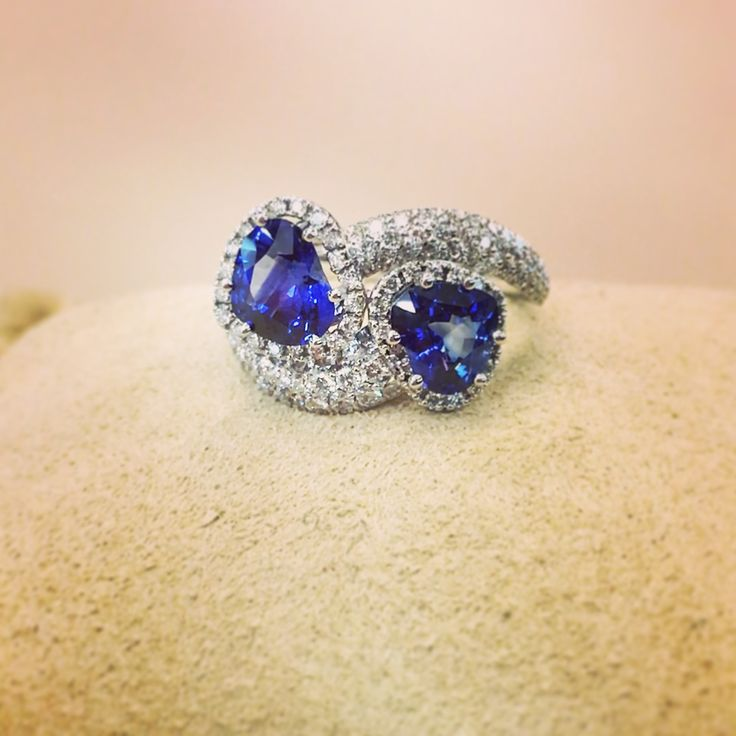 Two heart shape sapphires for a double dose of love.  #waskoll #paris #heart #shape #sapphire #blue #love #doubledose