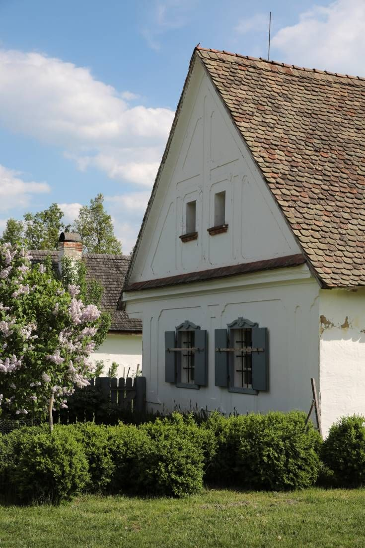 The Diverse style of buildings found in different regions amidst distinctive landscapes make the picturesque villages of Hungary amazing locations for film and photo shoots.