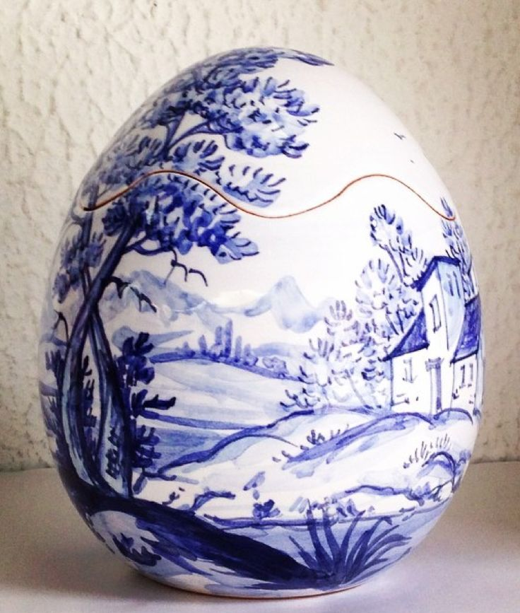Vintage Blue and White Ceramic Egg landscape Design
