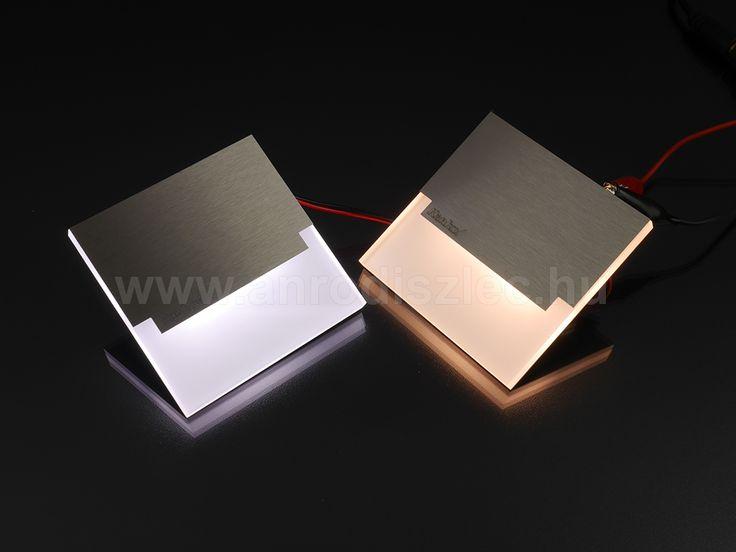 Fém és műanyag - modern és légies lámpatest, mely használható lépcsővilágításhoz, hangulatvilágításhoz is!
