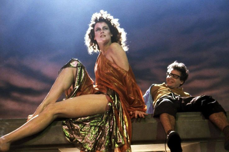 Sigourney Weaver & Rick Moranis in #Ghostbusters (1984).