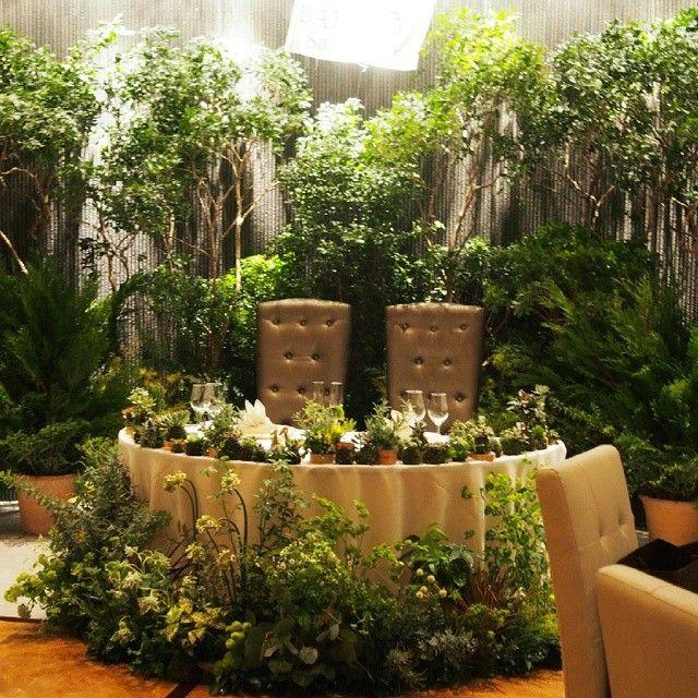 ***** やりたかったこと  サファリパークだから、森 っぽく 緑いっぱい! ジャングルとは違う! 花は野花のような素朴なやつだけ。…