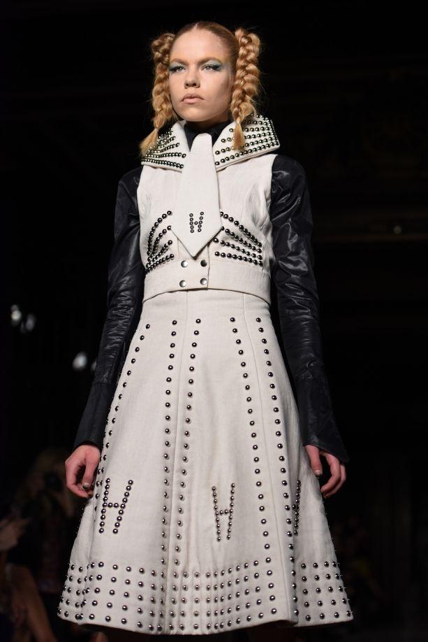 PAM HOGG SS16 CATWALK | Galleries | FashionTV | fashiontv.com