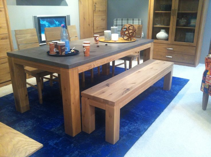 esstisch beton beton in seiner sch nsten form tischplatte aus mehrschichtig gespachteltem. Black Bedroom Furniture Sets. Home Design Ideas