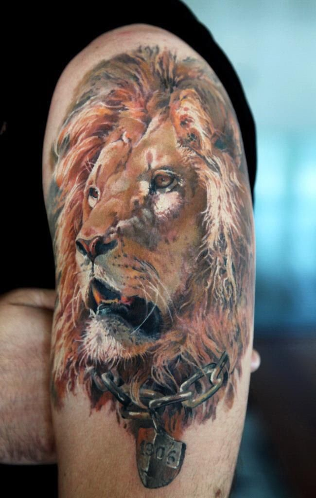 tattoo lion awesome realistic tattoo tattoos which inspire my art pinterest awesome. Black Bedroom Furniture Sets. Home Design Ideas