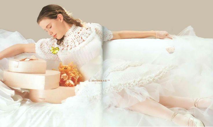 Вязаные свадебные наряды - для невесты и маленьких подружек