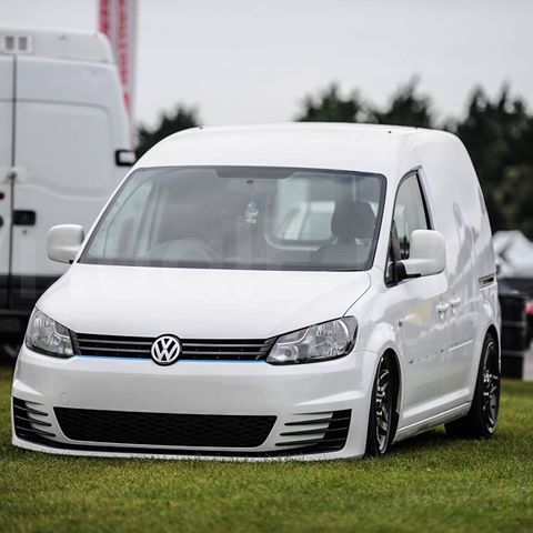 A nice picture taken by -visual E -  Seriously can't wait to finish the van off  A small list to do is . Finish off the *custom rear air suspension. *Smooth off the bump strips. * interior parts and then sign writing #AndersonRacingEngines #vw #volkswagen #caddy #caddy2k #caddyowners #caddyvan #van #golf #mk7 #gti #white #castlecombe #racing #cars #lowered #slammedvans #