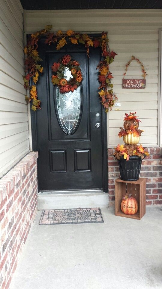 Fall decorating my front porch holidays pinterest for Front porch fall decor