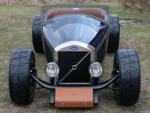 Volvo hotrods: Caresto V8 speedster and Jakob