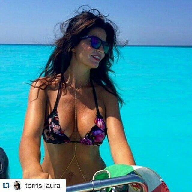 Laura Torrisi in bikini Alessia Siena