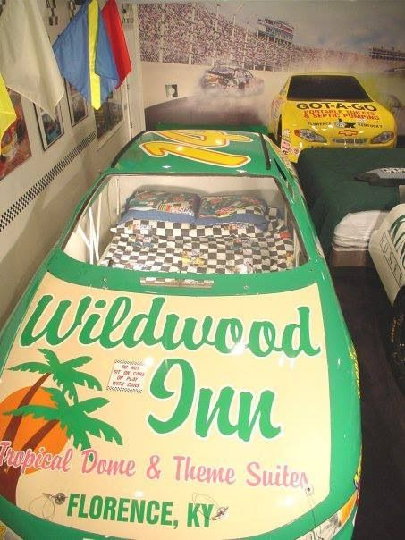 Ky speedway hotel room!! Sleep in a race car!! This looks so much fun!! Only at wildwood inn Florence,ky