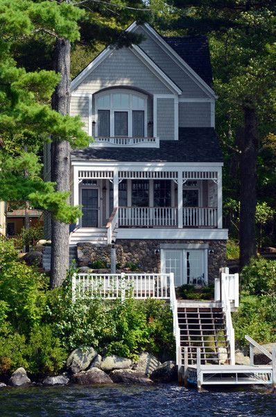 georgianadesign:  New Hampshire lake front. Bonin Architects   Associates.