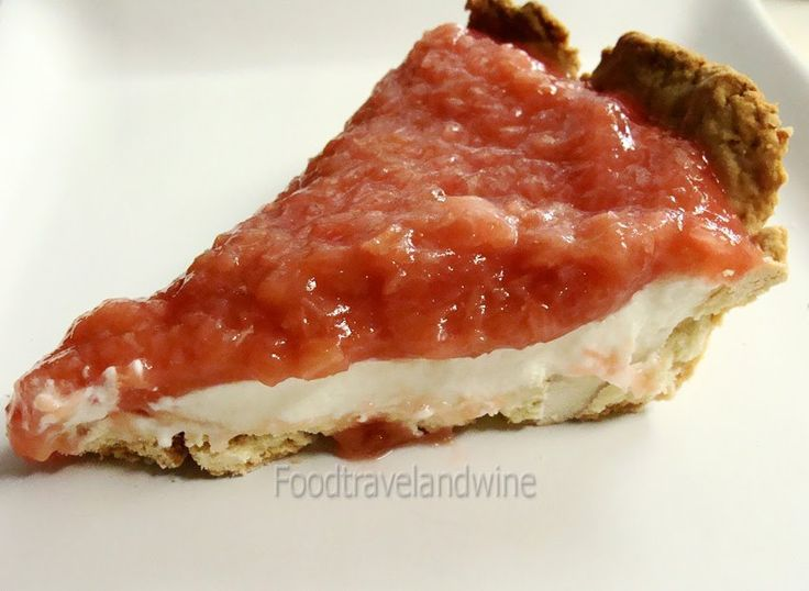 . For the Love of Food, Travel and Wine: Pastel de ruibarbo y queso mascarpone
