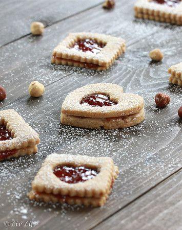 Linzer Cookies... with strawberry jam!! :)Desserts Recipe, Linzer ...