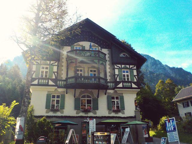 Make a trip to Schwangau, Neuschwanstein