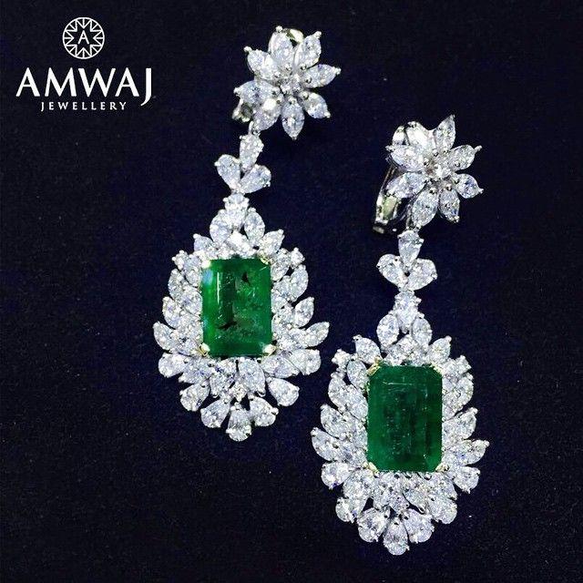 Dream big, sparkle more with a breath taking Emerald drop earring gemstones from Amwaj Jewellery. #emirati #jewelry #middleeast #beauty #luxury #uae #abudhabi #ksa #love #diamonds #wow #beautiful #happy #repost #family #women #pearls #dubai #style #russia #jewelry #model #gift #heart #vip #bahrain #watch