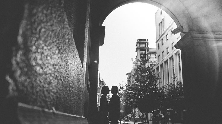 Street Lovers <3 #wedding #weddingfilms #weddingstyle #videosdeboda #weddingvideos #videosbodascantabria #videosdebodasantander #videosdebodasuances #videosbodasbilbao #videosbodasasturias #videosbodasburgos #videosbodasvalladolid #filmmaker #videomaker #videoframe #filmingemotion #novia #boda #rosaclara #saboya #bride #groom
