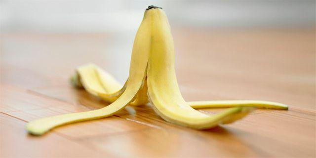 As cascas de banana podem ser recicladas naturalmente em muitas manieras: vamo dar algumas sugestões para usar dem casa o lixo da fruta, criando produtos que permitem de melhorar a saúde e a beleza do corpo.
