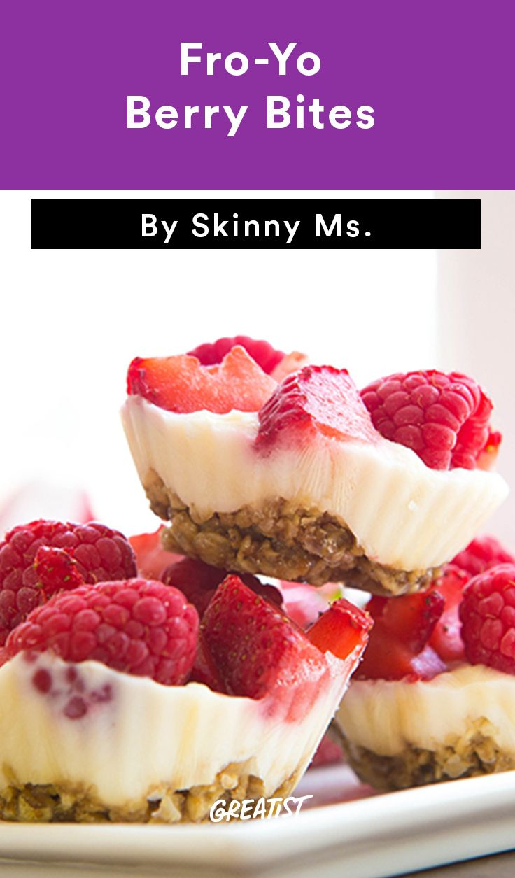 2. Fro-Yo Berry Bites #healthy #breakfast #recipes…