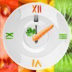 La hora a la que comes altera tu reloj biológico