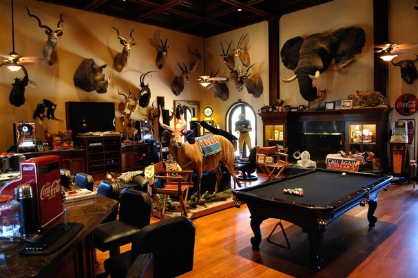 41 best images about garage man room on pinterest for Trophy room design