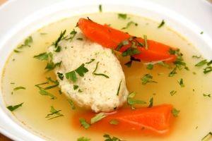 Tavaszi vagy nyári húsétel, egyszerű, könnyen elkészíthető, nem igényel nagy konyhai gyakorlatot. Mindenki szereti.