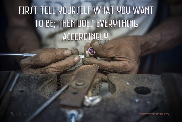 """Innanzitutto dì a te stesso chi vuoi essere; poi fa ogni cosa di conseguenza. """"cit: Epitterio"""" #lifequotes #Lifestyle #quoteoftheday #quotes #communication #dailyquotes #instaq8 #instaquotes #karma♻️"""