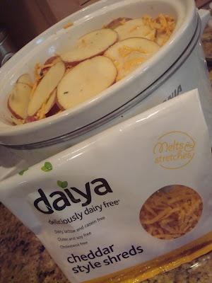 Busy Vegetarian Mom: Easy Cheesy Vegan Crockpot Potatoes Au Gratin  @Raj Daiya. Swap the flour with GF flour and leave the crispy onions out unless they are GF.