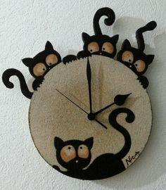 Orologio da parete con 4 gattini. #inspiracion para reciclar cd, o discos