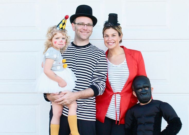 Family Circus | Circus Costume | Group Costume Idea | Family Costume Ideas | Fun Halloween Costumes for Kids