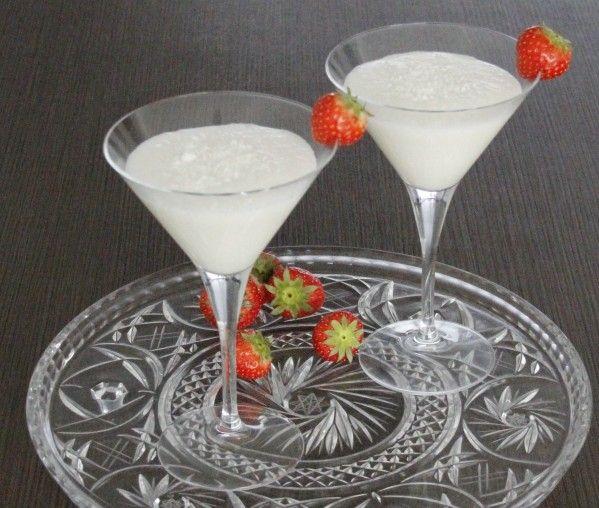 De Winter Chill Colada is een winterse cocktail met o.a. rum, ananassap, kokosmelk en room. Bekijk het volledige recept op Cocktailicious.nl