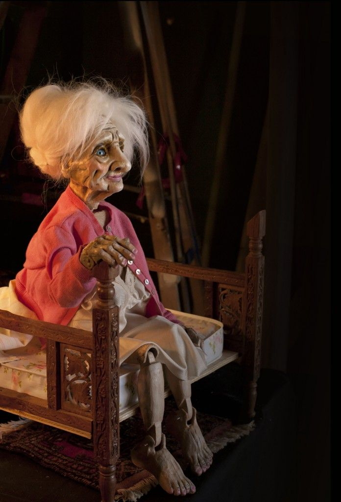 Clunk Puppet Lab - amazing face sculpt and hands/feet. Hair suits perfectly.