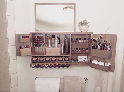 Pared organizador de maquillaje montado vanidad por bleachla