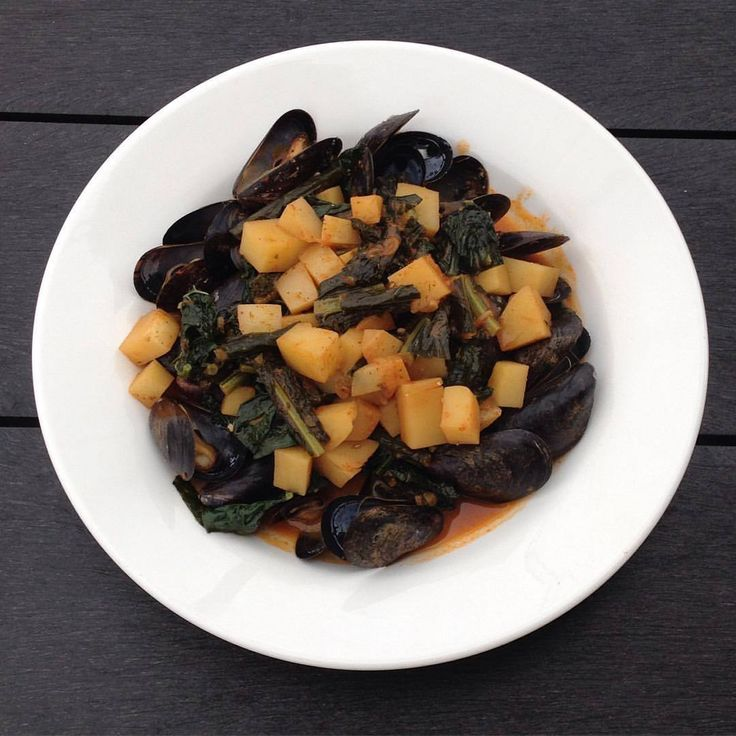 Mussels with Kale recipe. CLICK TO WATCH: https://youtu.be/B62txp45VCc?t=18m52s #Mussels #DinnerIdea