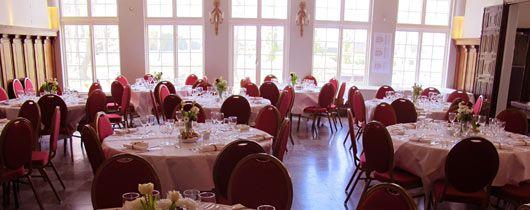 Bröllopsmatsal runda bord i Gula Paviljongen