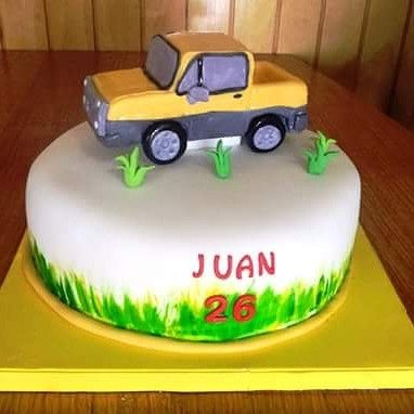 #Van #Fondant #cake By Volován Productos  #instacake #Chile #puq #VolovanProductos #Cakes #Cakestagram