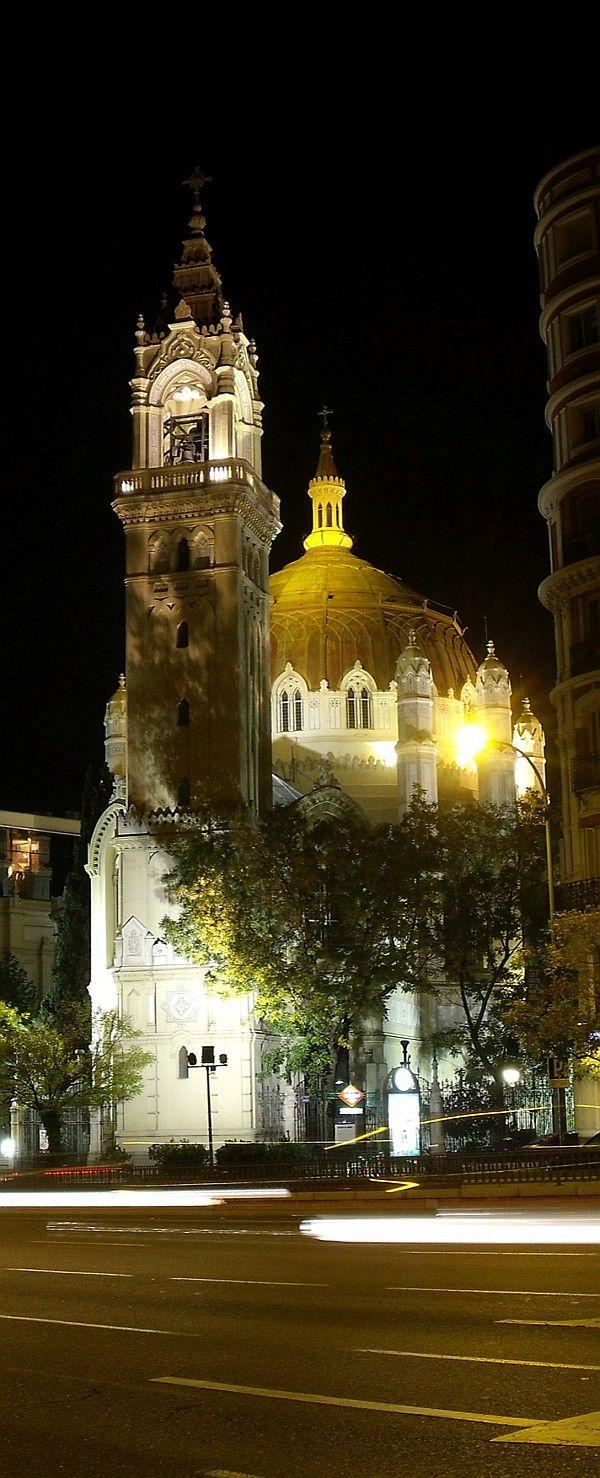 Madrid, parroquia de San Manuel y San Benito,en la calle de Alcalá.