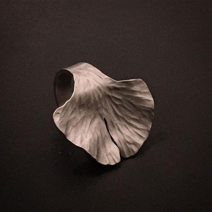 A moment in time imitating #nature. 🍃 Ring by Sally Herbert , HerbertandWilks  Made in Mt Eden, Auckland, New Zealand www.herbertandwilks.co.nz/shop/