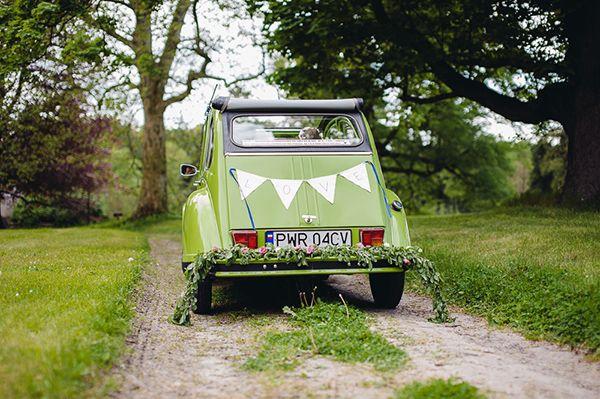 zdjęcie:  PhotoDuet         chorągiewki i girlanda: minwedding