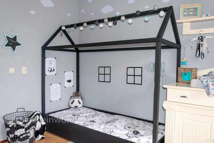 UPDATE- Een groot bed met huis frame - bedhuisje