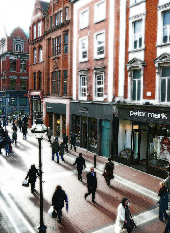 Grafton St. Dublin, Ireland....and there's my old hairdressers :)