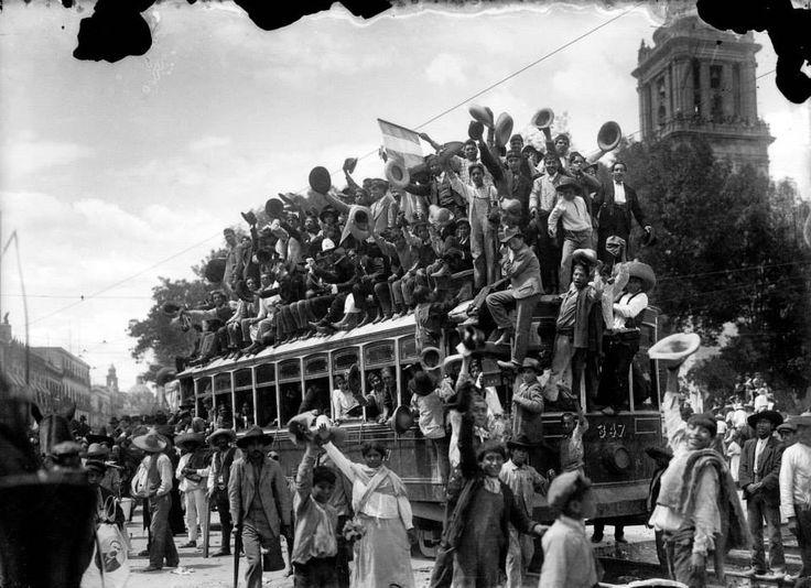 El 7 de junio de 1911, la gente salió a las calles a celebrar la llegada de Francisco I. Madero a la Ciudad de México, suceso que marcaba el inicio de una nueva etapa en la historia del país. #LaCiudaddeMéxicoenelTiempo