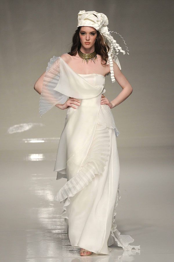 19 best futuristic wedding dresses images on Pinterest