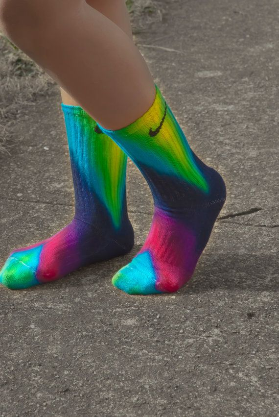 Chevron Tie Dye Nike Socks, free hand art, Bright and fun, sports team, athletic wear, lime, turquoise, fuchsia Pink, Navy Tie Dye Crew