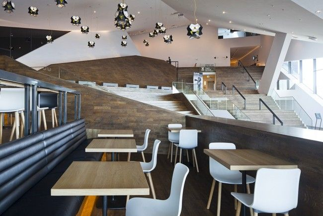 EYE bar restaurant. Interior design and project management by Heyligers design+projects. www.h-dp.nl