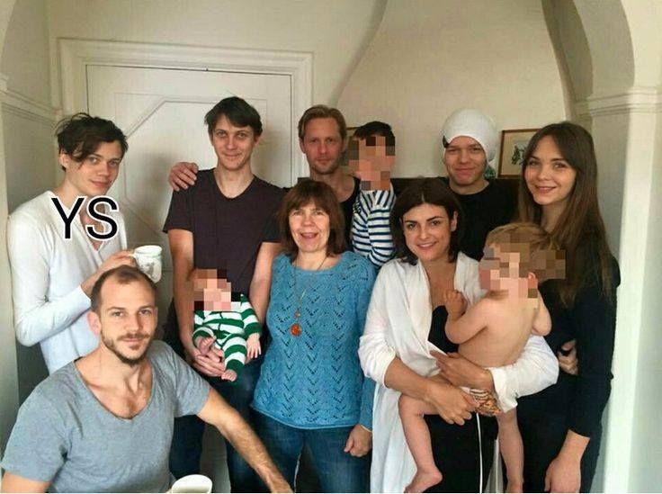 Gustaf, Bill, Sam, Alex, Valter, Elja, My, Megan and, I guess two of Ossian and small are Kolbjorn.