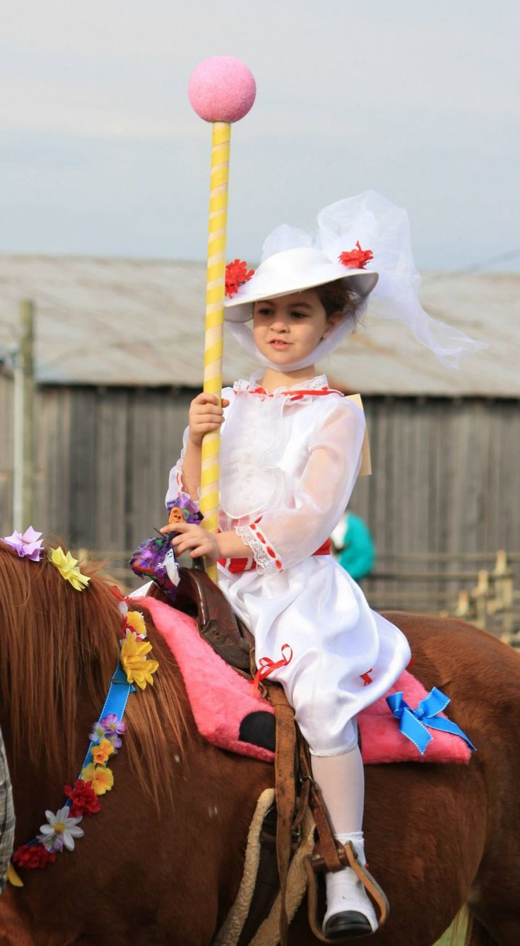 Lexie as Mary Poppins horse was made to look like a carousal horse.
