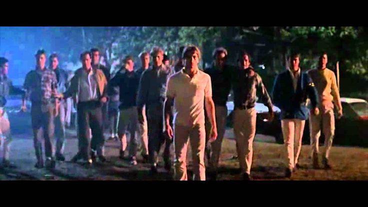 Door de vele onenigheden en de moord van Bob , een van de Socs en die door Johnny vermoord was , begon de spanning tussen de Greasers en Socs op te lopen en het mondde uiteindelijk uit in een gevecht tussen de twee bendes. ( bekijk het filmpje )