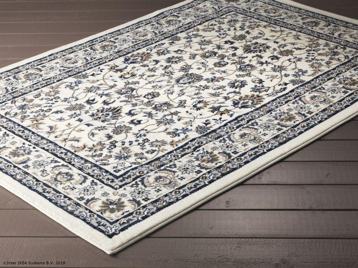Covorul VALLÖBY este făcut din fibre sintetice, așa că este ușor de întreținut.